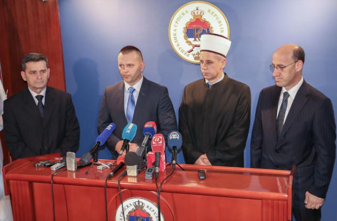 blusrcu.ba-EFENDIJA KOZLIĆ: SA OTVARANJA FERHADIJE ĆEMO UPUTITI PORUKU MIRA